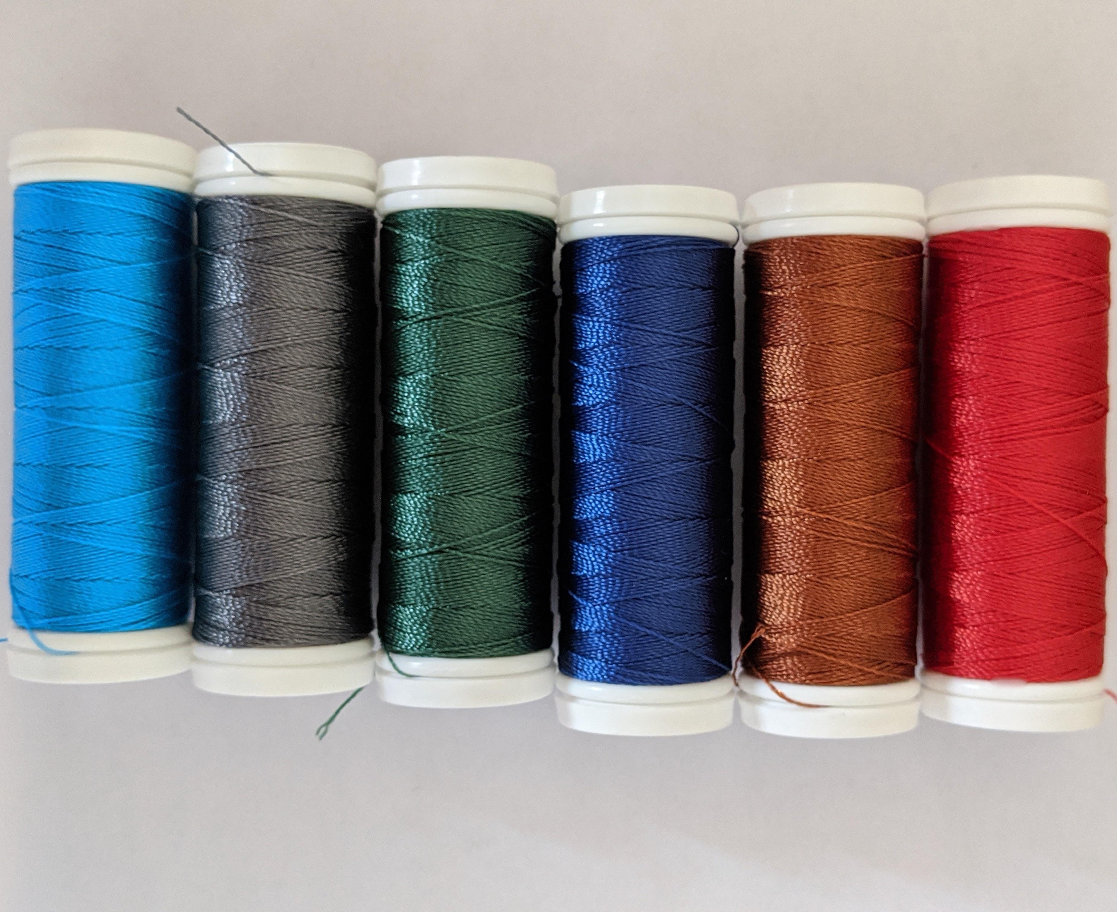 Kolorowe nici Tytan